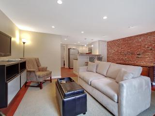 Wonderful Capitol Hill Location Sleeps Four ! - District of Columbia vacation rentals