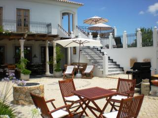 Algarve Portugal hilltop Mansion Moncarapacho 8ps - Moncarapacho vacation rentals