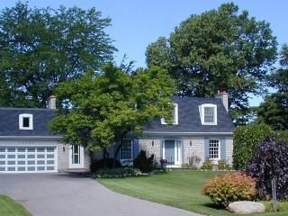 French Country estate, vineyard, pool, wineries - Niagara-on-the-Lake vacation rentals