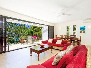 Noosa.  Little Cove. Beach, views, National Park. - Sunshine Coast vacation rentals