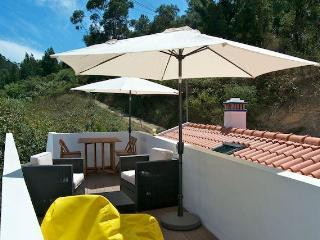 New Charming T2 w/ Lounge Rooftop. Near the Beach - Odeceixe vacation rentals