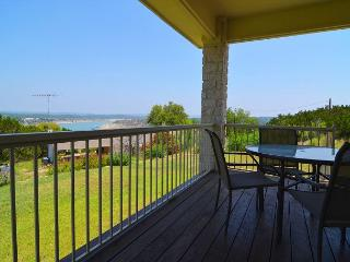 3 Bedroom Home in Briarcliff overlooking Lake Travis! - Spicewood vacation rentals