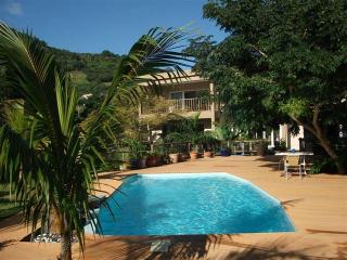 Rusty Pelican Apartments La Gaulette, self catering - La Gaulette vacation rentals