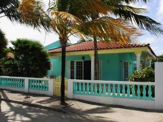 CASA Palm Court - Malmok Beach vacation rentals