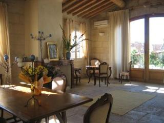 Exceptional XVIII house near to Avignon - Gard vacation rentals