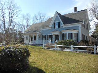 4 Bedroom Farmhouse Cottage on Cape Cod in Harwichport - Harwich Port vacation rentals
