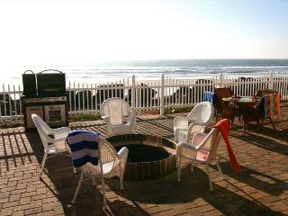 Wonderful Oceanfront Beach Rental P718-1 - Oceanside vacation rentals