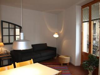 Rambla D - Centric Apartment - Tamariu vacation rentals