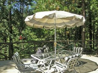 Spacious, Lodge-Style Retreat right off the  Blue Lake Springs Golf Course. - Arnold vacation rentals