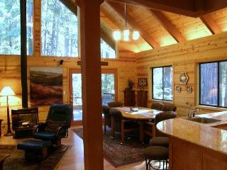 LUXURIOUS MOUNTAIN RETREAT  A vacation experience your group will not forget! - Arnold vacation rentals