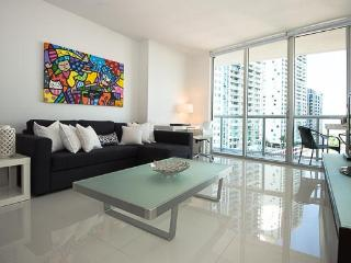 Gorgeous Modern Condo in Prestigious ICON Brickell - Miami vacation rentals