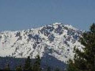 View of Mt Talac - HEAVENLY DEAL! Clean,cozy,&comfy-Base of SkiResort - South Lake Tahoe - rentals