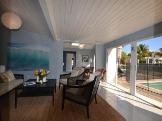 Waterfront with steps from the beach - Fort Lauderdale vacation rentals