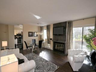 Renovated Townhouse Near Downtown - Victoria vacation rentals