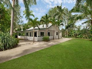 Ti Trees - Unbeatable Value! Book 7nts and pay for just 6! - Port Douglas vacation rentals