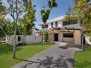 Thistle-Do-Us - Port Douglas vacation rentals