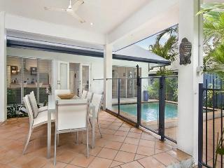 Belle Villa - Tropical Haven - Port Douglas vacation rentals