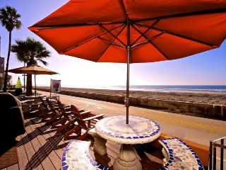 Jersey 2 - Mission Beach 2BR Oceanfront Gem - San Diego vacation rentals