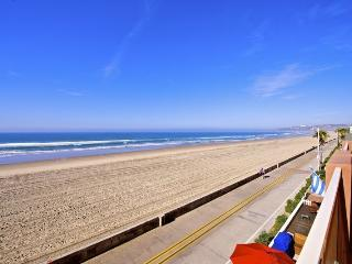 Jersey 4 - Mission Beach 3BR Oceanfront Gem - Mission Beach vacation rentals