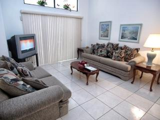 HC3P3045ELD 3 BR Pool Home With Lake View Less than 8 miles to Sea World - Buena Ventura Lakes vacation rentals