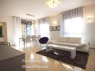 Brand new and luxurious - wonderful location - Jerusalem vacation rentals