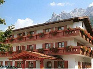 Vacation Apartment in Mittenwald - 452 sqft, warm, comfortable, relaxing (# 2689) - Bavarian Alps vacation rentals