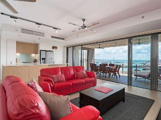 Urban Turtle 2 Bedroom Darwin Waterfront Apartment - Darwin vacation rentals