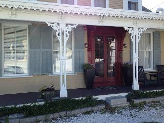 Gorgeous 2 Bdrm Condo in Central Location Home - Provincetown vacation rentals