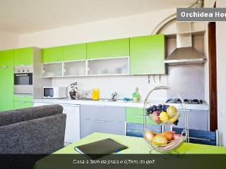 House from 3km of beach and 0,5km of golf (Wi-Fi) - Costa da Caparica vacation rentals