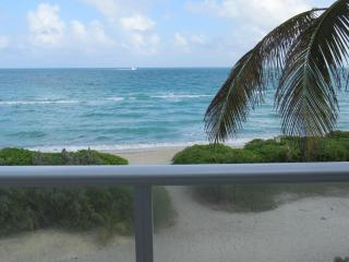 Amazing 2 Bedrooms Oceanview (sleep 8) W/ Parking - Miami Beach vacation rentals
