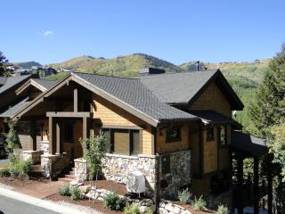 Lookout #24. Pool Table,Theater,Hot Tub,Walk 2 Ski - Park City vacation rentals