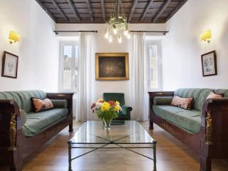 A cosy apartment in the heart of the Monti district near the Coliseum - Venice vacation rentals