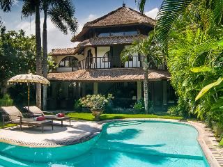 VILLA MATA HARI - PRIVATE, SPACIOUS & CENTRAL - Badung vacation rentals