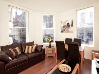The City 1 Bedroom 1 Bathroom Apartment - London vacation rentals