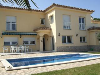 Villa Aguas - L'Escala vacation rentals