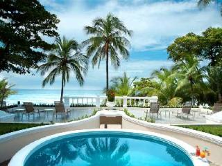 Beachfront Royal Villa- pool- jacuzzi, tropical grounds & resort access - Tambor vacation rentals