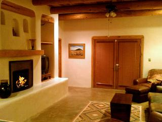 Adobe de Dolan - Taos Area vacation rentals