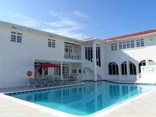 PARADISE PLH - 43660 - PERFECT VACATION SUITES WITH POOL | TENNIS COURTS - OCHO RIOS - Montego Bay vacation rentals