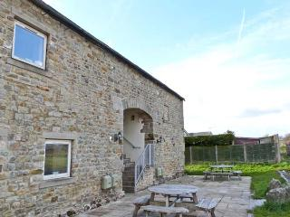 MALHAM family friendly, shared access to swimming pool and games room in Tosside, Ref 15992 - Tosside vacation rentals