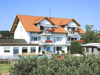 Vacation Apartment in Wasserburg am Bodensee - 570 sqft, lovingly furnished, warm, comfortable (# 2728) - Bavaria vacation rentals