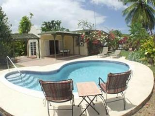Bliss villa, walk to beach, restaurants, shops - Holetown vacation rentals