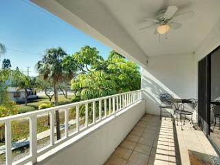 Gulf View Townhomes Unit 4 - Holmes Beach vacation rentals