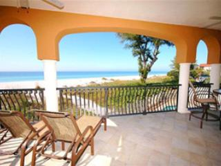 Relax on your private balcony and watch the dolphins play! - Vista Grande 1 - Holmes Beach - rentals