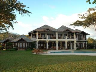 Malatai at Old Fort Bay, Ocho Rios, Jamaica - Beachfront, Gated Community, Pool - Ocho Rios vacation rentals