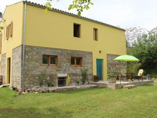 2-persons apartment in beautiful valley in Abruzzo - Penne vacation rentals