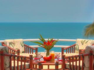 CASA REBECA - 2 Bedroom Oceanfront Penthouse Condo - Puerto Escondido vacation rentals