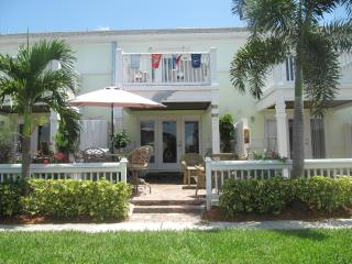 Gorgeous 2/2.5 Waterfront TH Guarded/Gated Comm. - Saint Petersburg vacation rentals