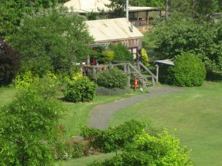 Wollombi Barnstay. Accommodation for large groups - Hunter Valley vacation rentals