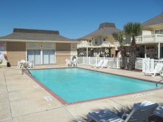Sleeps 8+, Beach side El Cortez Villa - Port Aransas vacation rentals