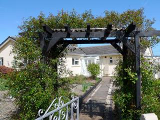 Pet Friendly Holiday Cottage - Coed Helyg, Newport - Newport vacation rentals